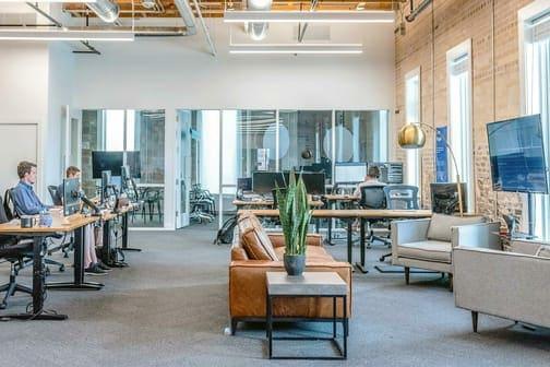 Cenareo-Digital-Signage-Office-Corporate-1