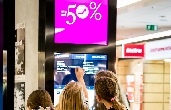 digital-signage-interaction