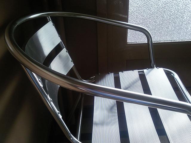 chair-14586_640-1